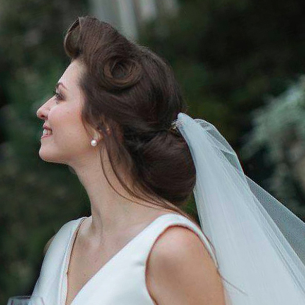 Quick updo vintage style