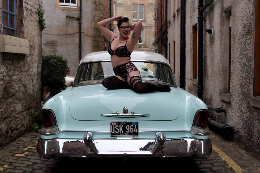 pin ups on car