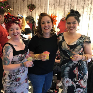 cocktails-and-cupcakes-at-Hairdresses-Edinburgh-Lipstick-Lashes-and-Locks