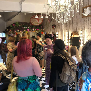 cocktails-and-cupcakes-at-Hairdresses-Edinburgh-Lipstick-Lashes-and-Locks_2